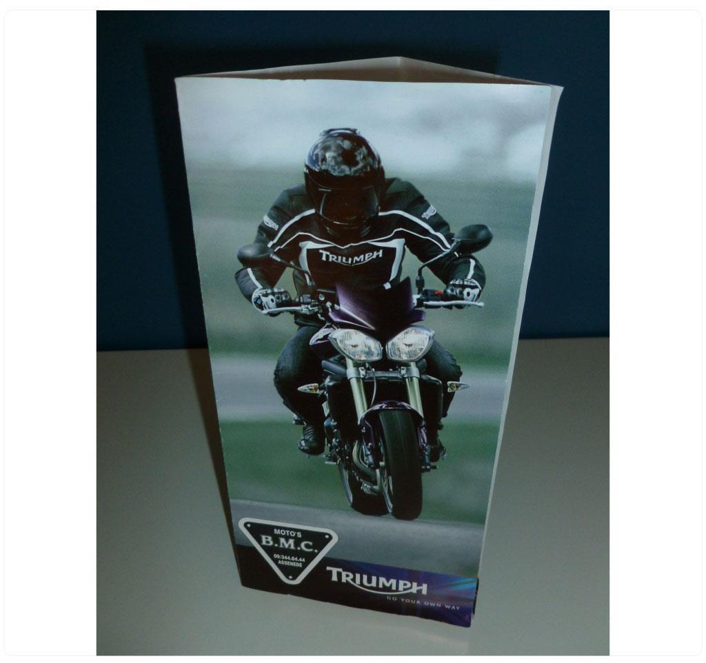 Flyer voor BMC Assenede, Triumph motordealer